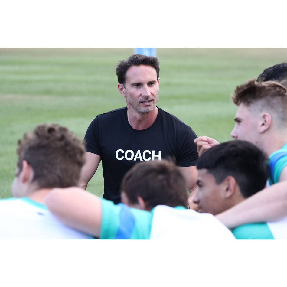mainClub Coach (Online Only)0